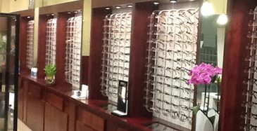 Store Page - Cupertino - Glasses Showcase