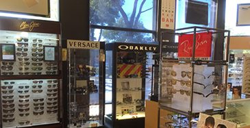 Store Page - Freemont - Glasses Showcase