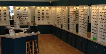 Store Page - Oakland - Glasses Showcase
