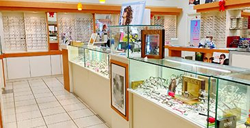Store Page - San Jose Grand Century - Glasses Showcase