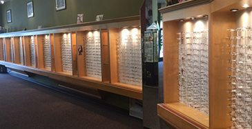 Store Page - San Leandro - Glasses Showcase